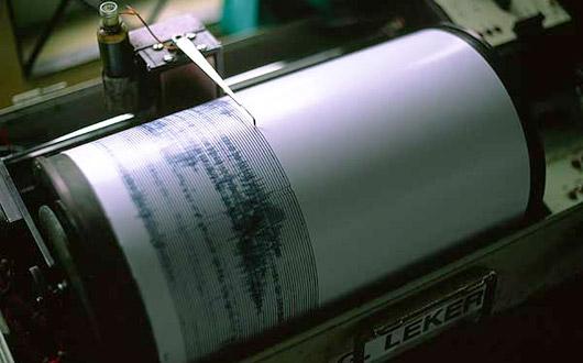 seismograph-terremoto-grecia