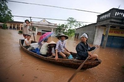 VIETNAM -_Inondazioni