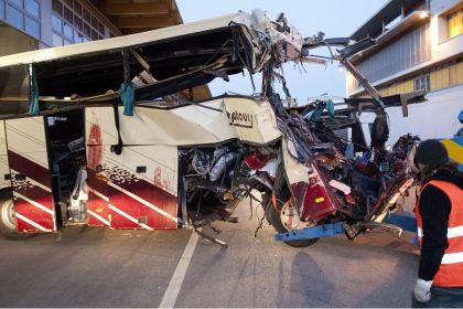 incidente svizzera pullman