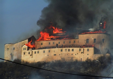 krasna horka in fiamme